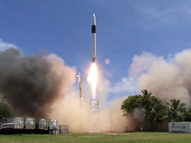 Falcon_1_Flight_4_liftoff.jpg 4eme tir en 2008 SpaceX