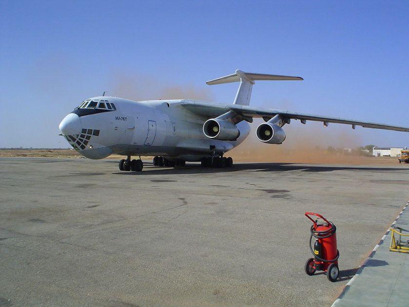 1024px-Sudan_Nyala_Airport_Ilyushin-76